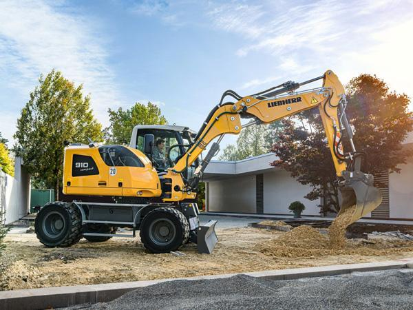 LIEBHERR A 910 Compact Litronic