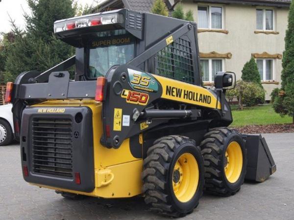 Мини-погрузчик New Holland L150