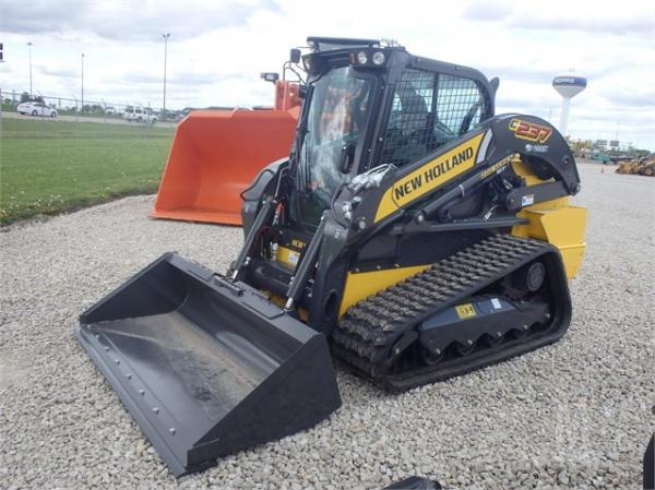New Holland C237
